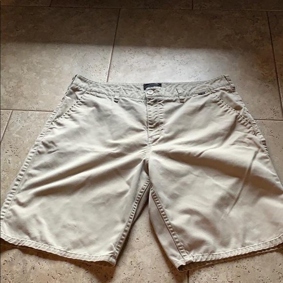 Hurley men's khaki shorts size 36
